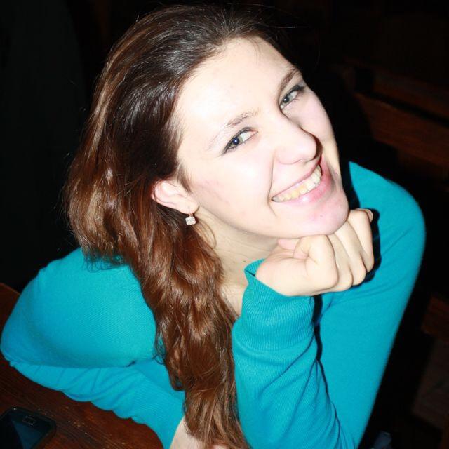 Maryna aus Hannover Haarfarbe: braun (dunkel), Augenfarbe: keine Angabe, Gr��e: 164, Deutsch: Fliessend, Englisch: Fliessend, Franz�sisch: nein, Spanisch: nein