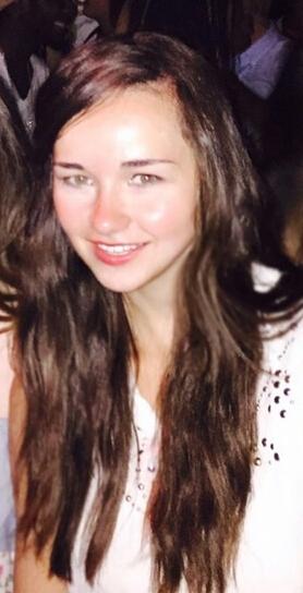 Vanessa aus Berlin Haarfarbe: braun (dunkel), Augenfarbe: gr�n-grau, Gr��e: 170, Deutsch: Muttersprache, Englisch: Fliessend, Franz�sisch: leichte Konversation, Spanisch: nein