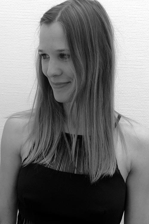 Model Kristina aus Hamburg Haarfarbe: blond (dunkel)