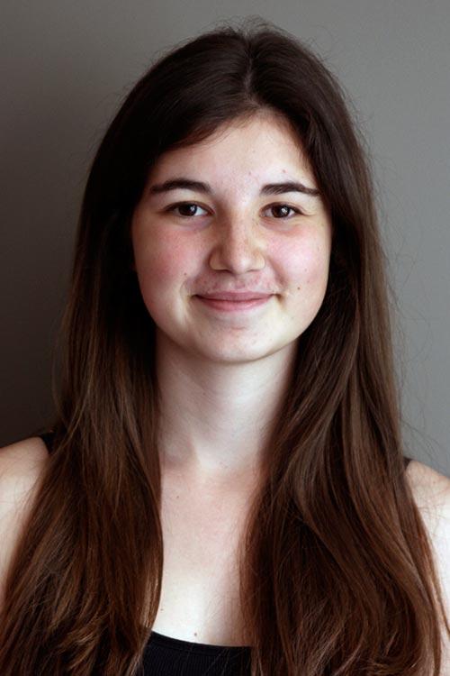 Anna aus Schongau Haarfarbe: braun (mittel), Augenfarbe: braun, Gr��e: 170, Deutsch: 0, Englisch: , Franz�sisch: , Spanisch: