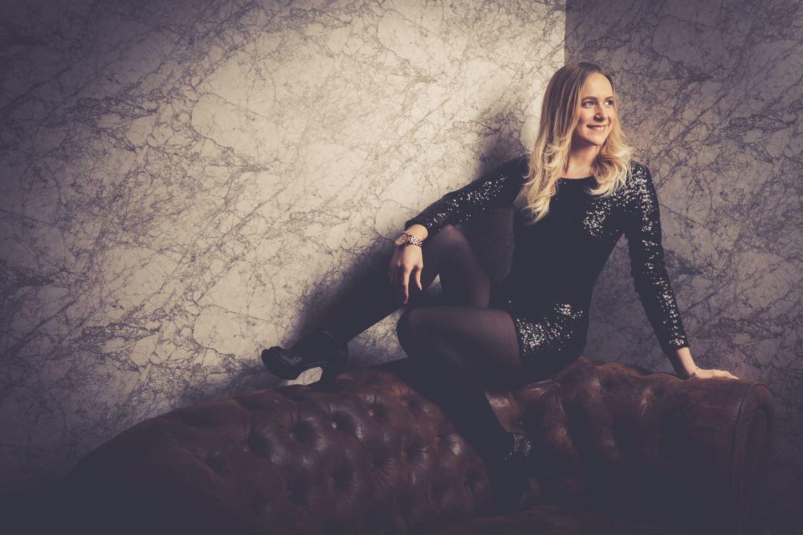 Model Laura aus Gelsenkirchen Haarfarbe: blond (mittel)