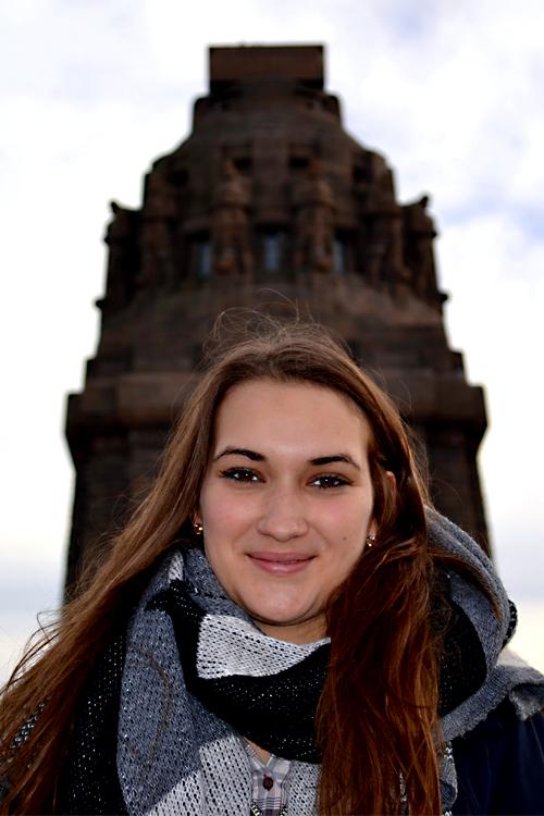 Rieke aus Leipzig  Haarfarbe: braun (mittel), Augenfarbe: braun, Größe: 168, Deutsch: 0, Englisch: , Französisch: , Spanisch: