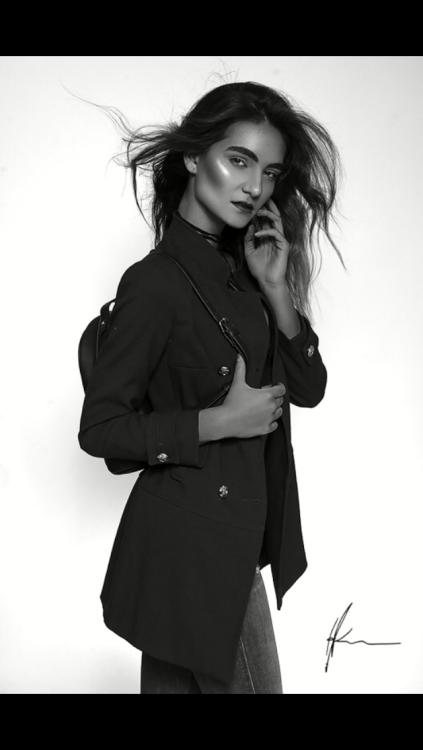 Model Leonie aus Hohenwarsleben  Haarfarbe: braun (hell)