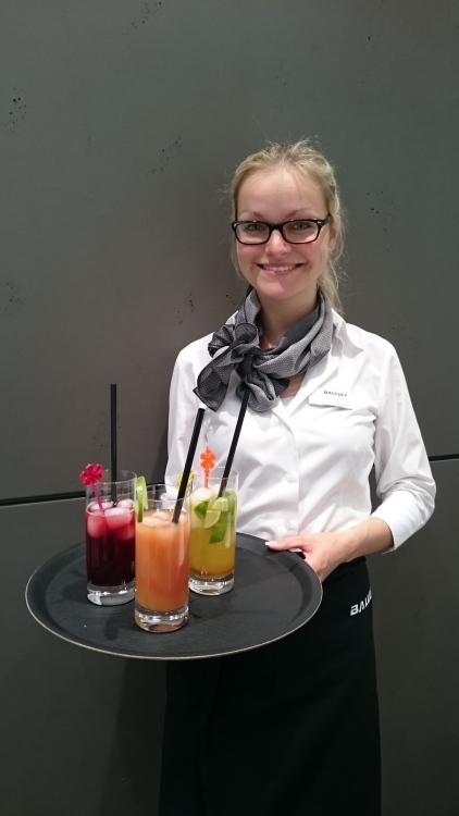 messehostess grid girl promoter service hostess model hostess aus deutschland belm. Black Bedroom Furniture Sets. Home Design Ideas