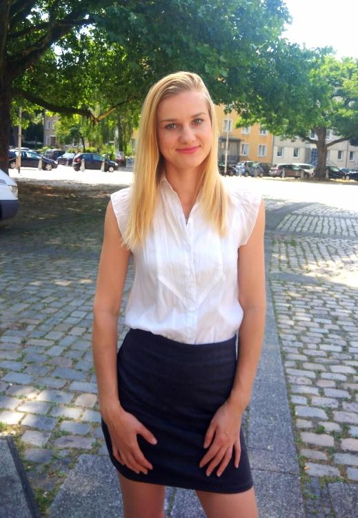 Hostess Inna aus Hannover, Konfektion 34, Studium Innenarchitektur