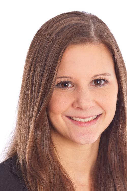 Sunita aus Köln Haarfarbe: braun (hell), Augenfarbe: braun, Größe: 162, Deutsch: 0, Englisch: , Französisch: , Spanisch: