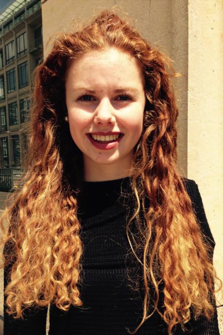 Juliane aus Berlin Haarfarbe: rot (braun), Augenfarbe: blau, Gr��e: 178, Deutsch: 0, Englisch: , Franz�sisch: , Spanisch: