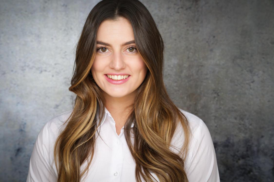 Hostess Nadine aus Köln, Konfektion 36, Studium Sportökonomie