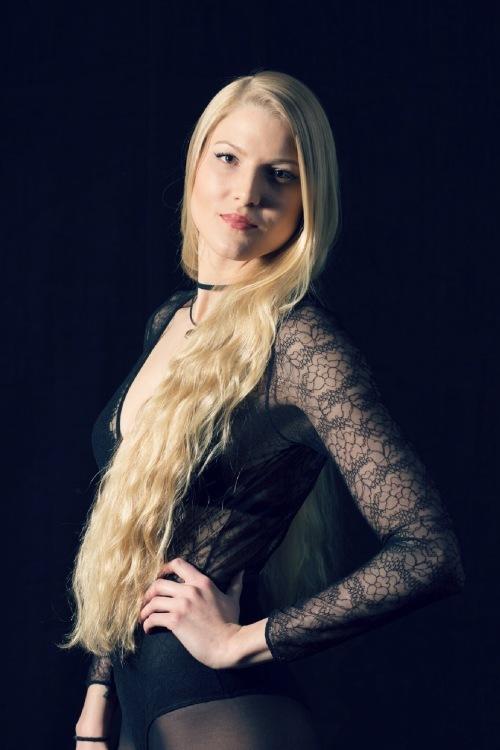 hostess Svenja, Studium: Ergotherapie