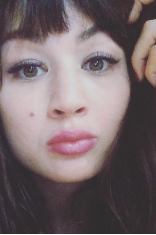 Marlien felicitas  aus Stuttgart  Haarfarbe: braun (dunkel), Augenfarbe: braun-grün, Größe: 165, Deutsch: 0, Englisch: , Französisch: , Spanisch: