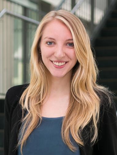Hostess Katharina aus München, Nationalität Deutsch, Haarfarbe blond (hell)