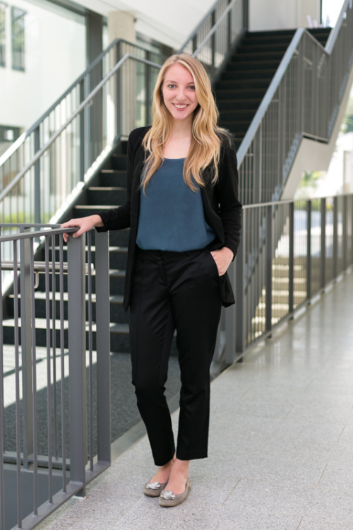 Hostess Katharina aus München, Konfektion 36, Studium