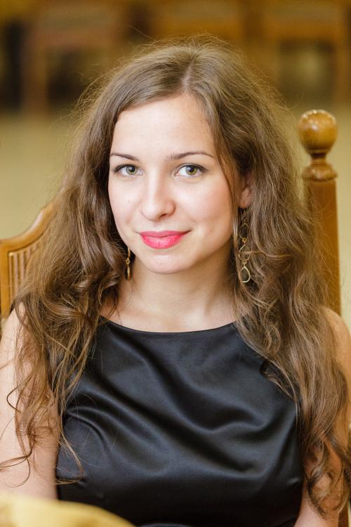 Model Elza aus Mainz Haarfarbe: braun (mittel)