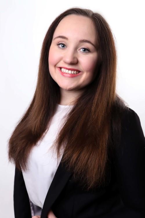 Hostess Tanja aus Köln, Konfektion 38, Studium Wirtschaftspsychologie