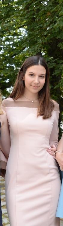 Hostess Sofia aus Frankfurt am Main, Konfektion 36, Studium Physik