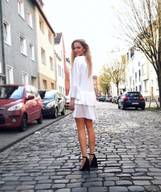 Hostess Kristina aus Hagenburg, Konfektion 34, Studium