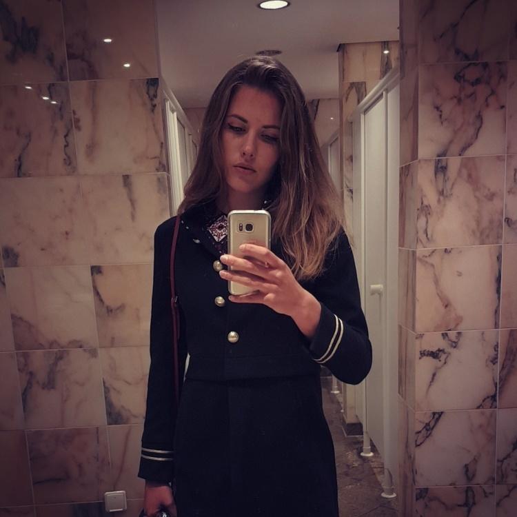 Hostess Clara aus Konstanz, Konfektion 36, Studium Sportwissenschaften