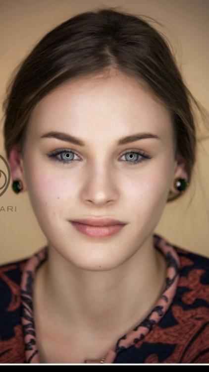Jennifer Tove aus Lorsch Haarfarbe: blond (mittel), Augenfarbe: blau-grau, Größe: 174