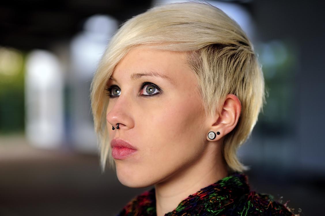 Hostess Lara aus Weinheim, Nationalität deutsch, Haarfarbe blond (dunkel)