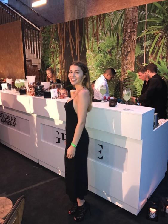 Hostess Marleen aus Berlin, Konfektion 34, Studium