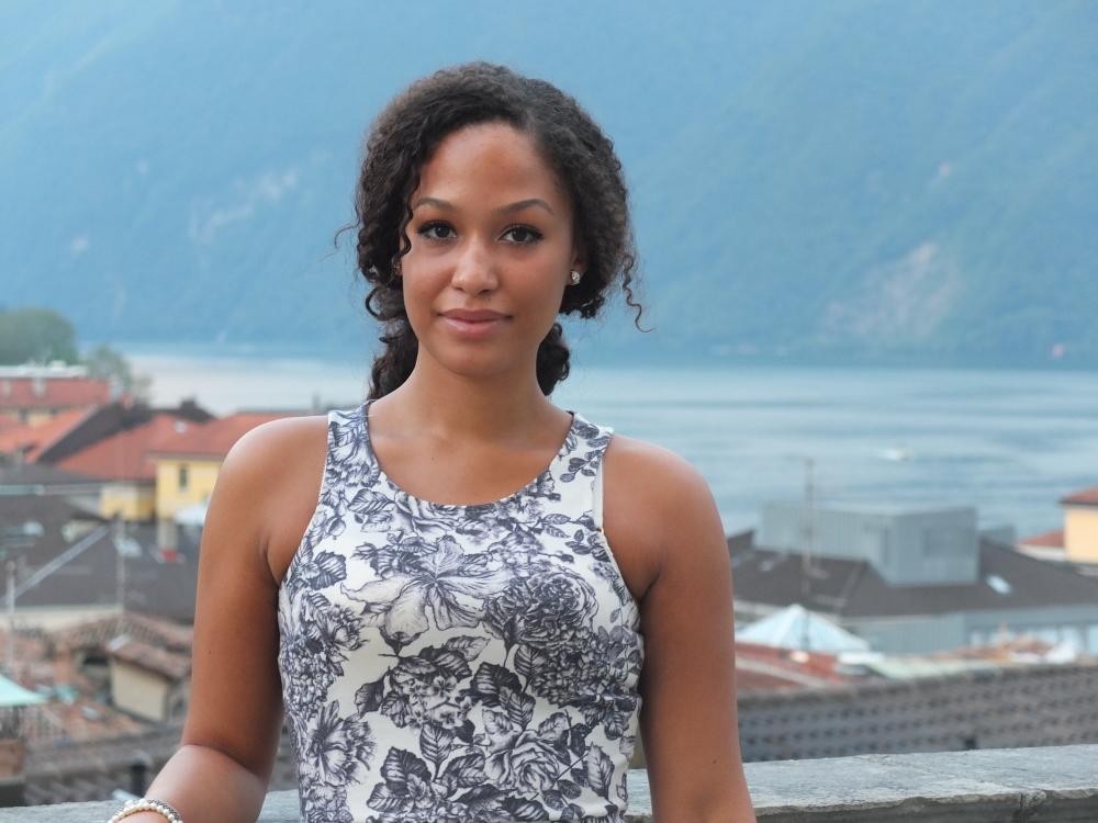 Hostess Deborah aus München, Konfektion 36, Studium Wirtschaftswissenschaften