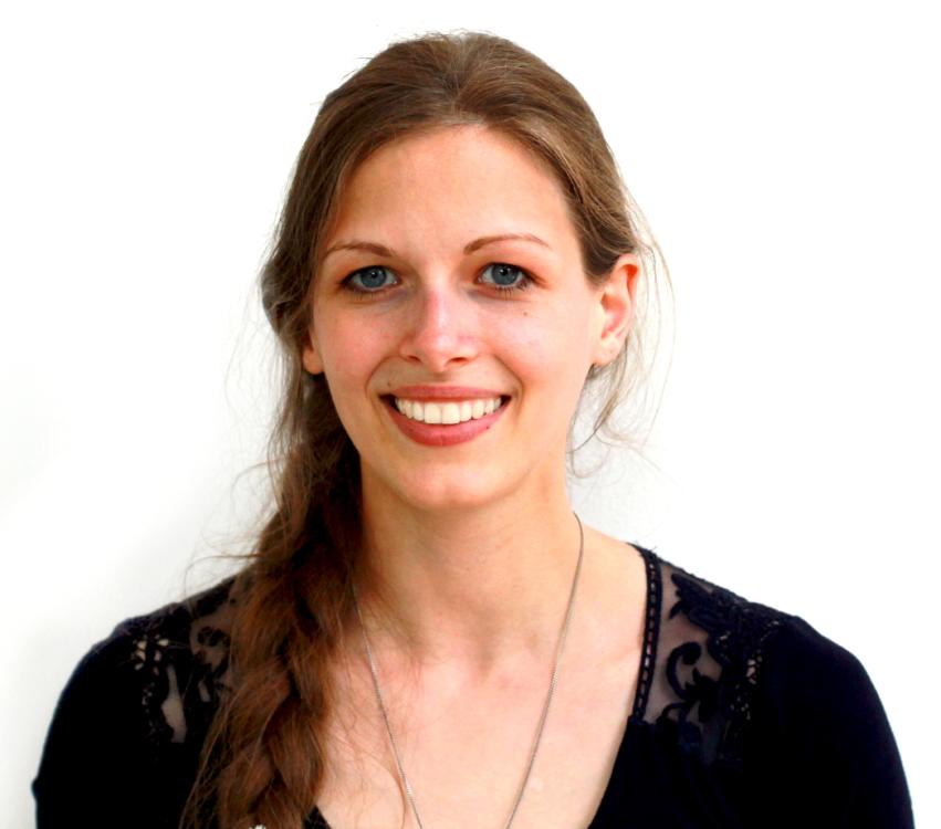 Christine aus Köln Haarfarbe: blond (dunkel), Augenfarbe: blau, Größe: 167, Deutsch: 0, Englisch: , Französisch: , Spanisch: