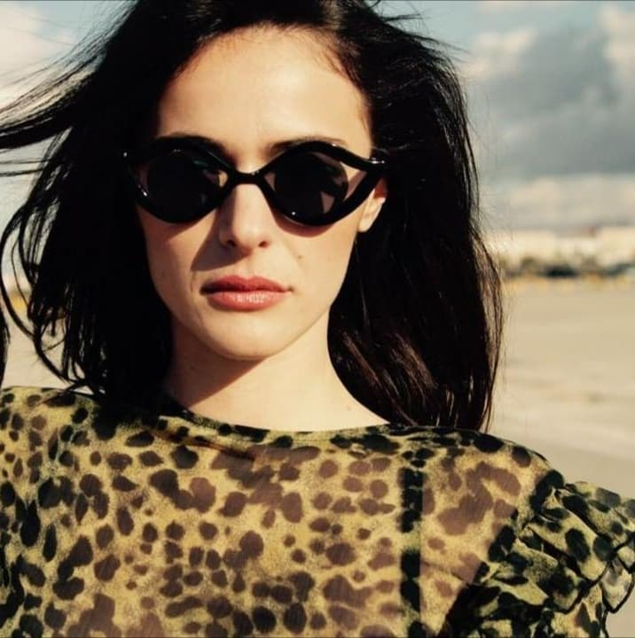 Model Chiara aus Napoli Haarfarbe: braun (hell)