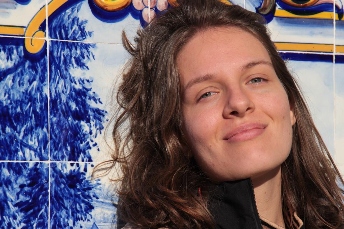 Hostess Lucia  aus Wien, Nationalität Deutsch, Haarfarbe blond (hell)