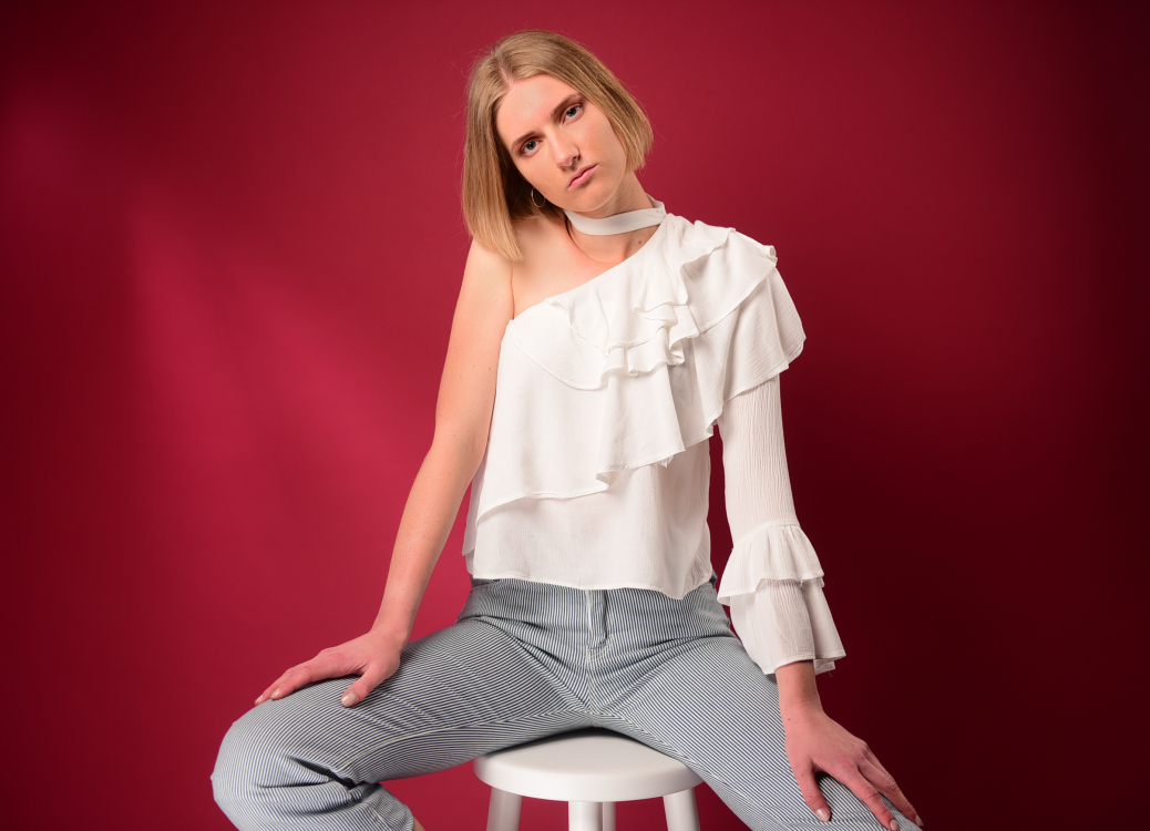 Hostess Celine aus Erfurt, Konfektion 38, Studium Staatswissenschaften und Rechtswissenschaften