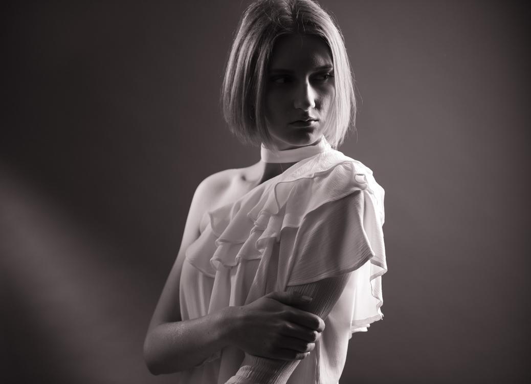 Hostess Celine aus Erfurt, Nationalität deutsch, Haarfarbe blond (mittel)