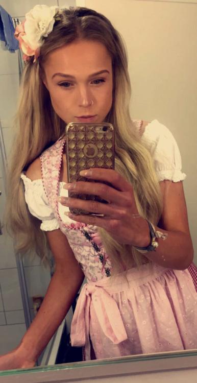 Hostess Jolin aus Ahlen, Konfektion 34, Studium Physiotherapie