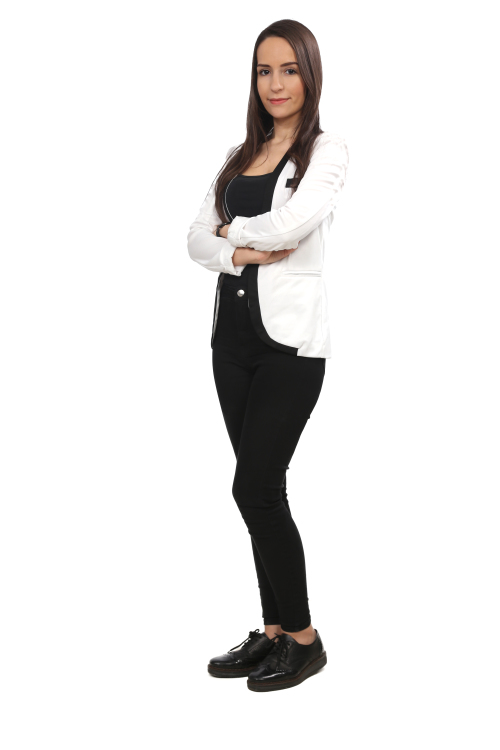 Hostess Asmaa aus Frankfurt, Konfektion 34, Studium Physik