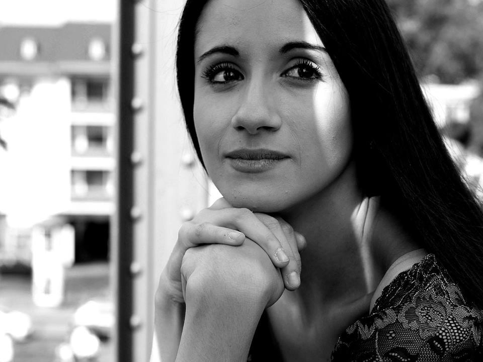Hostess Roberta aus Colonia, Konfektion 36, Studium Arti e Scienze dello Spettacolo