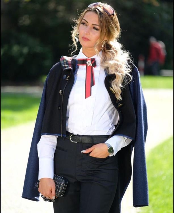 Hostess Anastasia aus Bielefeld, Konfektion 34, Studium