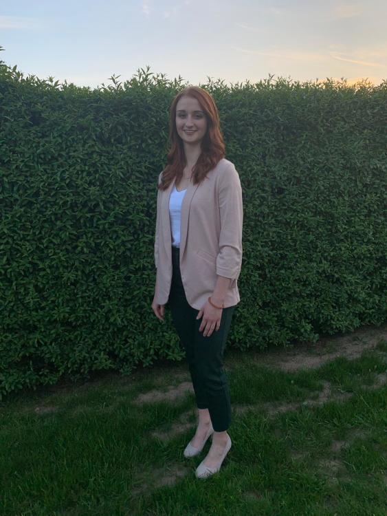 Hostess Jannika aus Gießen, Konfektion 38, Studium Anglistik, Hispanistik, BWL