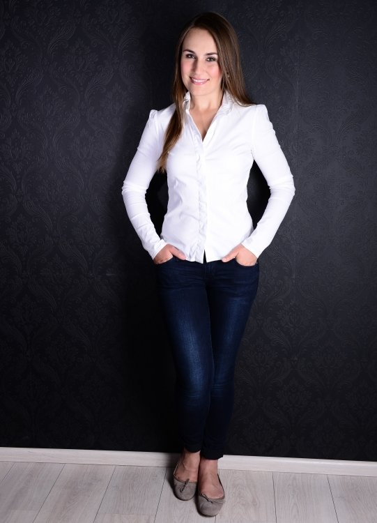 Hostess Daria aus München, GERMANY, Konfektion 36, Studium Recht, Informatik