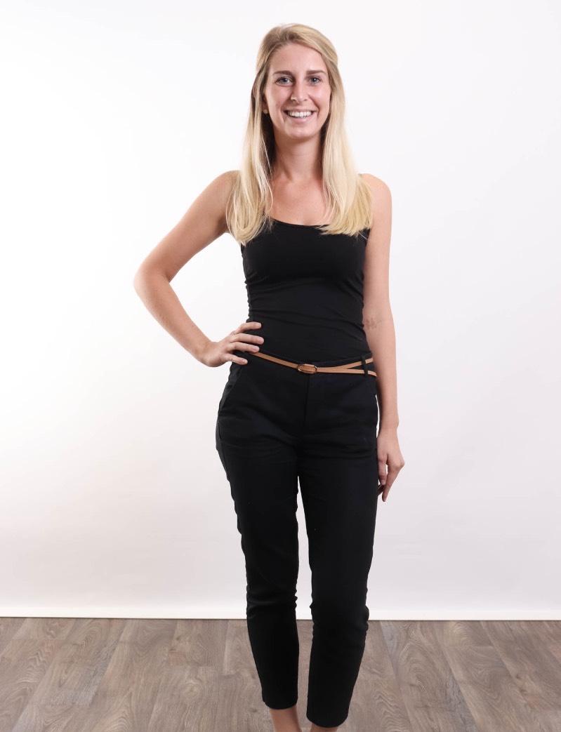 Hostess Langer aus Wiesbaden, Konfektion 34, Studium Aktuell: Master in Business for Legal Professionals)