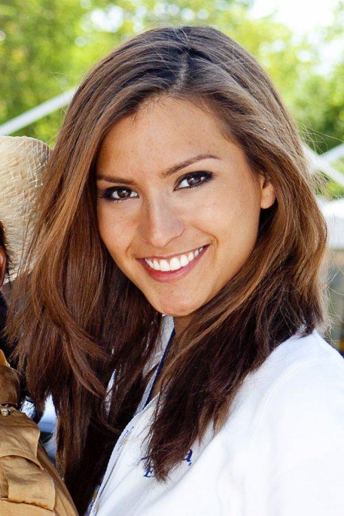 hostess Alessandra, Studium: Verpackungstechnik