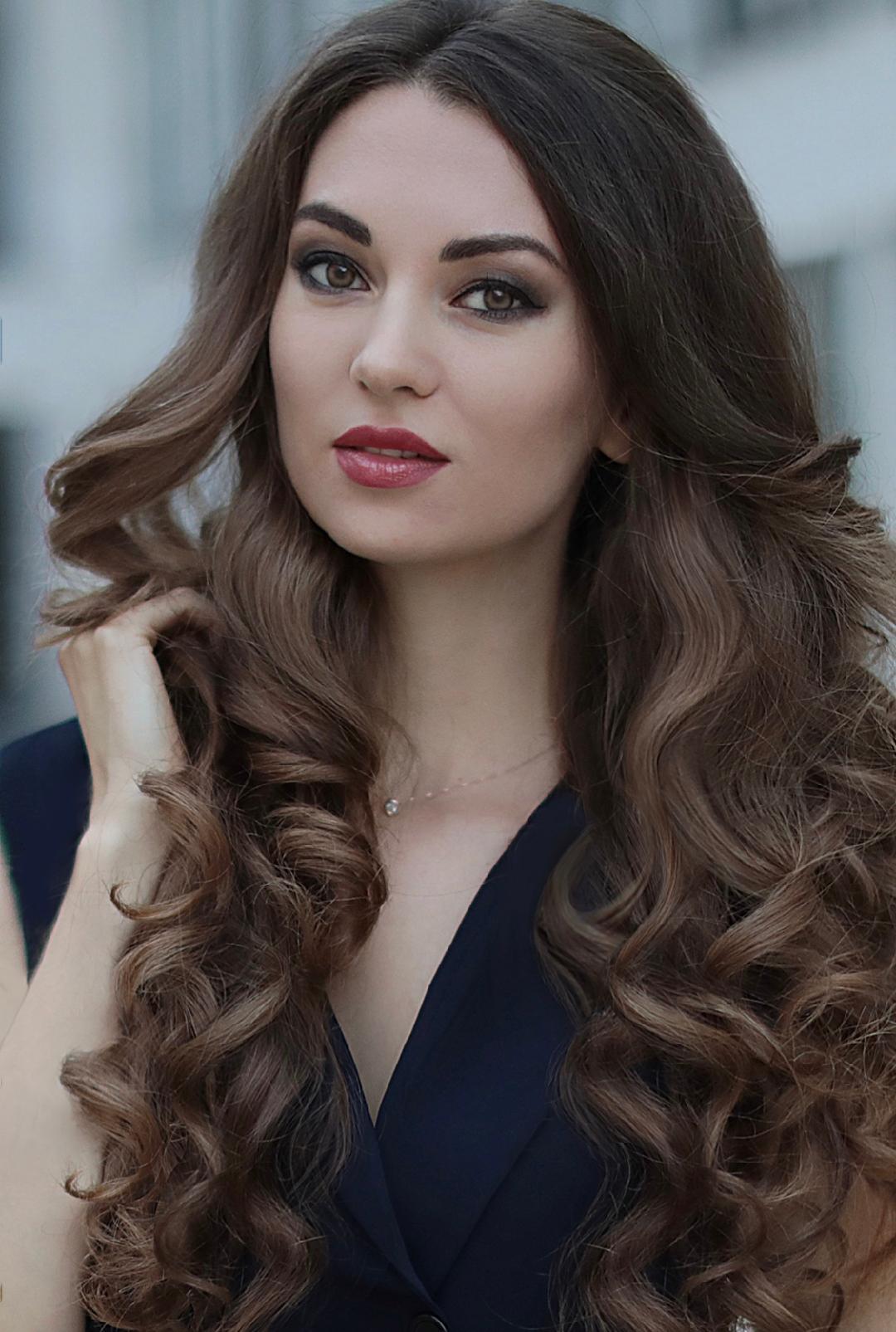 Model Margarita aus München Haarfarbe: braun (mittel)