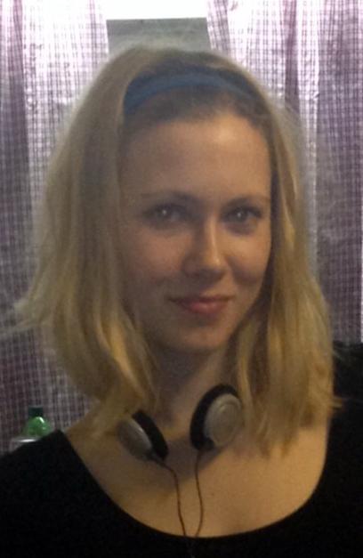 Sarah aus Ingolstadt Haarfarbe: blond (mittel), Augenfarbe: blau, Gr��e: 167, Deutsch: Muttersprache, Englisch: Fliessend, Franz�sisch: leichte Konversation, Spanisch: nein