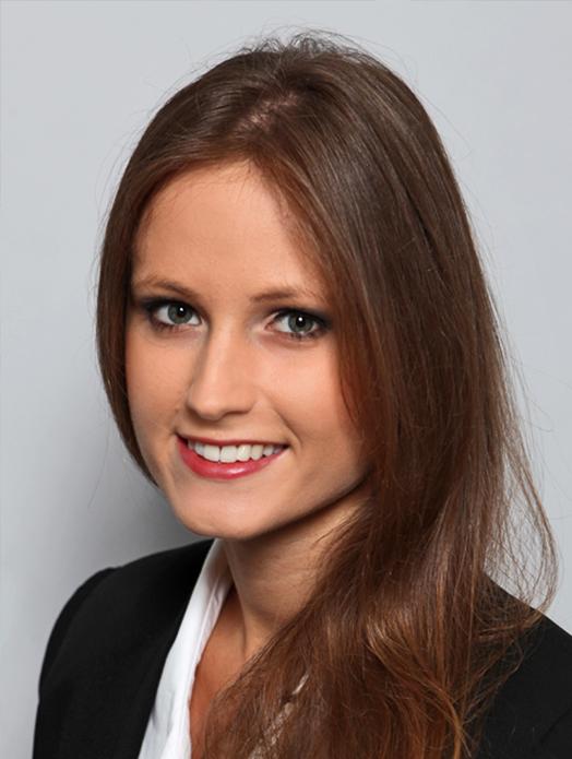 Model Natalia aus Stuttgart Haarfarbe: braun (hell)