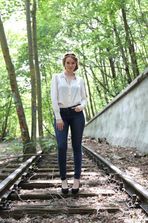 Hostess Laura aus Hannover, Konfektion 40, Studium Medienmanagement