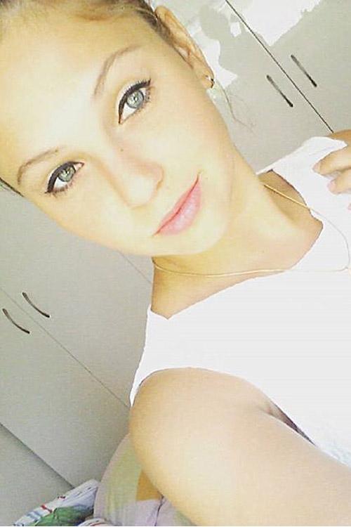 Hostess Natalia aus Essen, Konfektion 36, Studium Anglistik/ Slavistik