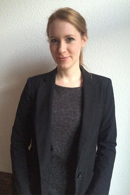 Model Lisa-Marie aus Berlin Haarfarbe: rot (blond)