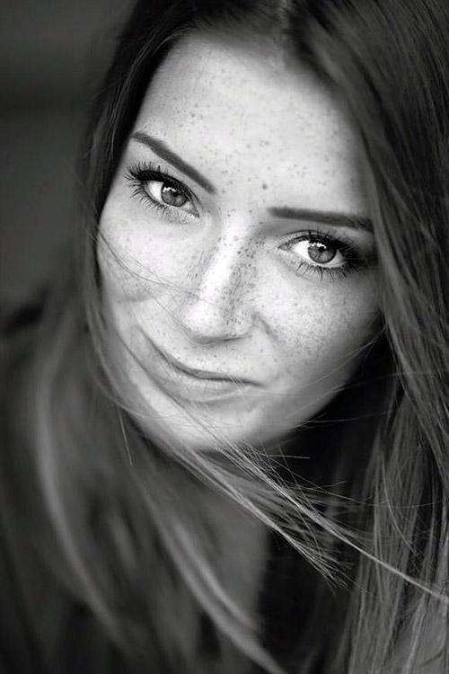 Hostess Isabell aus München, Konfektion 36, Studium Mode- Trend- Markenmanagement
