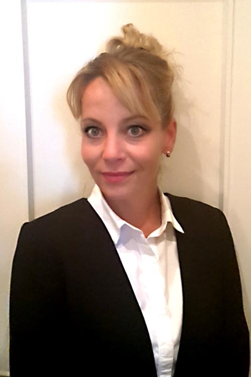 Model Susann aus Berlin Haarfarbe: blond (mittel)