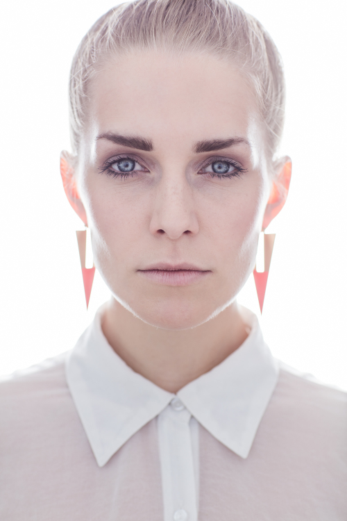 Hostess Charlotte aus Düsseldorf, Nationalität deutsch, Haarfarbe blond (mittel)