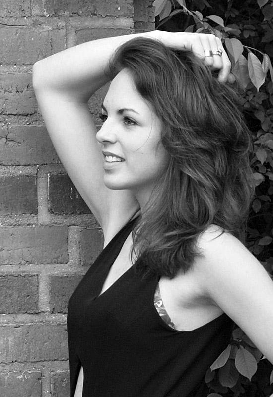 Model Katrin aus Hannover Haarfarbe: braun (mittel)