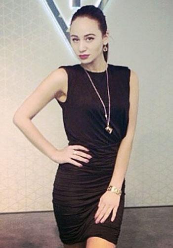 Hostess Asya aus Hannover, Konfektion 36, Studium Eventmanagement