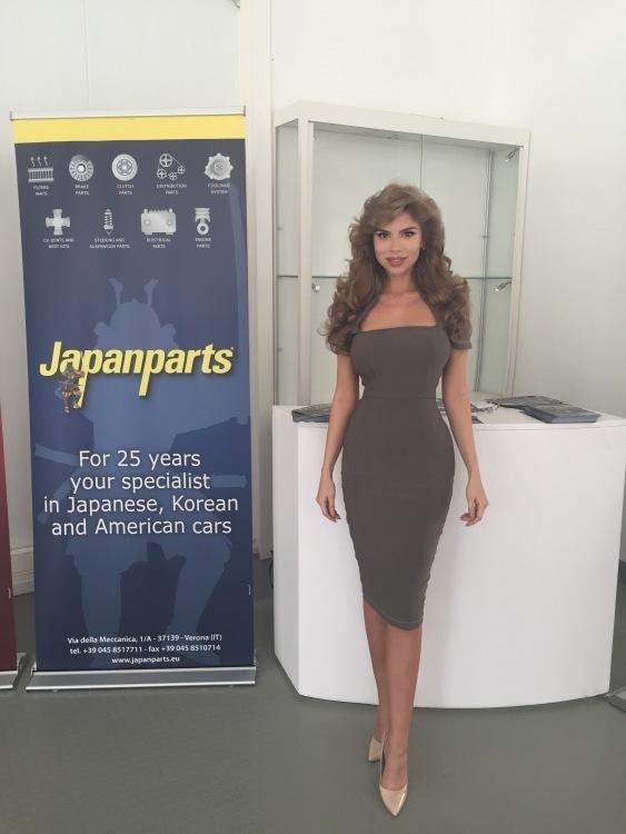 Promoter(in) Leana aus Frankfurt, Größe 170, Deutsch Muttersprache